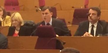 La réponse de Bruno Beschizza aux 9000 demandeurs de logements de notre ville : il vote la fin des aides régionales pour les constructions des logements sociaux àAulnay