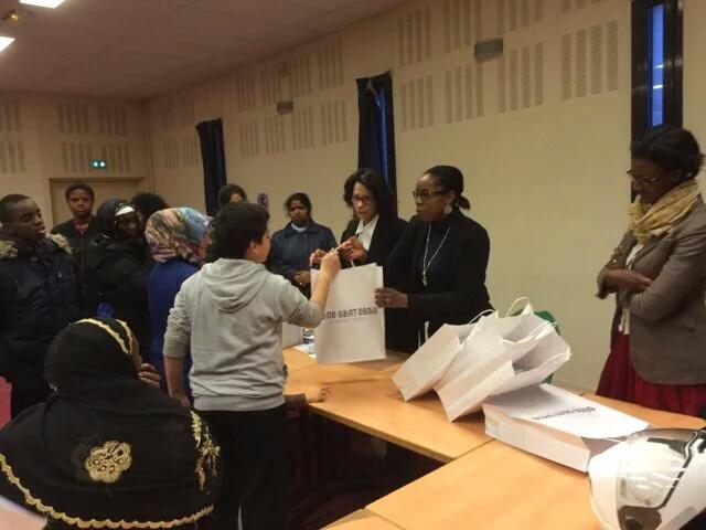 Remise des tablettes numériques au collège VictorHugo