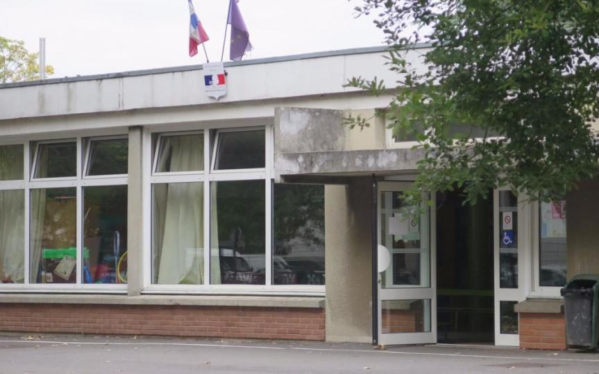 L'école dès 2 ans dans tous les quartiers: l'effet d'annonce duMaire.