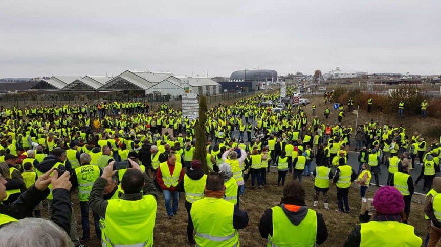 Les «gilets jaunes»: Opération séduction et Récupération politique de B. Beschizza et sesélus.