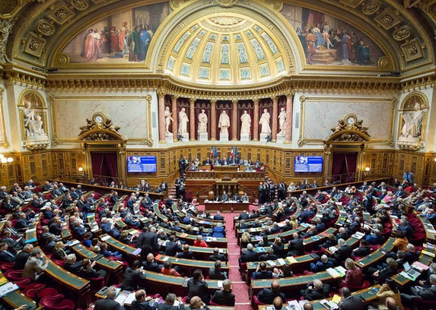 Amendement du Sénat pour l'interdiction du voile lors des sorties scolaires: la position des élus socialistes etPRG.