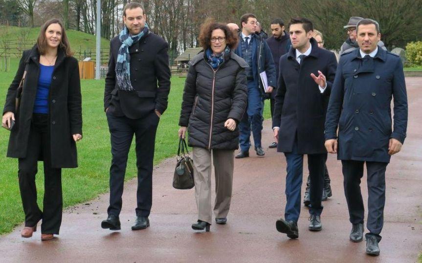 Municipales 2020: candidat recherche ministre si possible LREM pour photo de soutien!